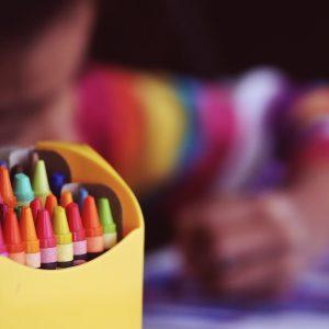 crayons-1209804_1920